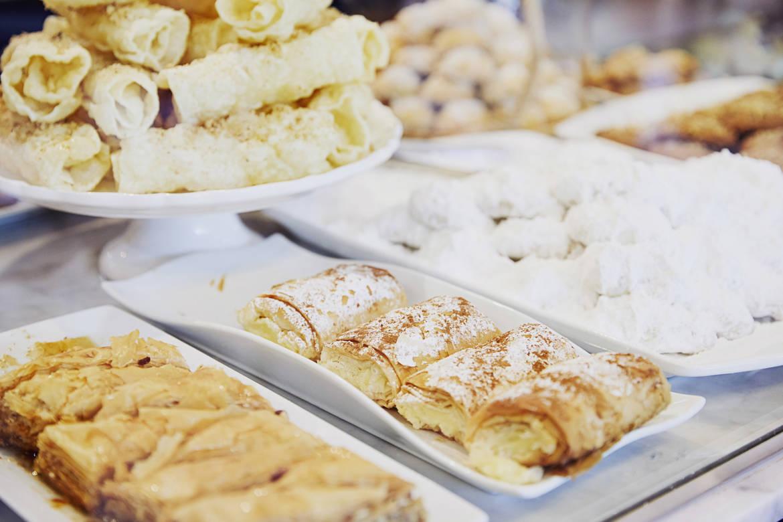 Li_Sylvie_Kamenitsa_cakes_03.jpg